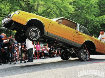 1202-lrmp-11-o-just-klownin-car-club-show-picnic-hopping-lowrider
